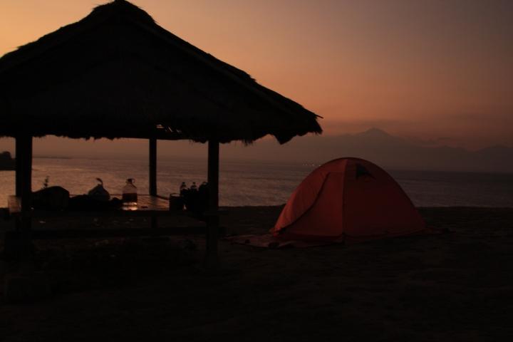 Tebing Pantai Pink