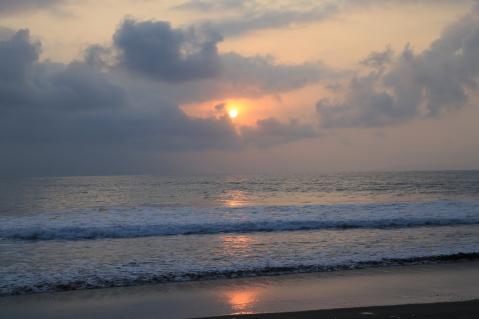 Matahari terbit di Batu Karas
